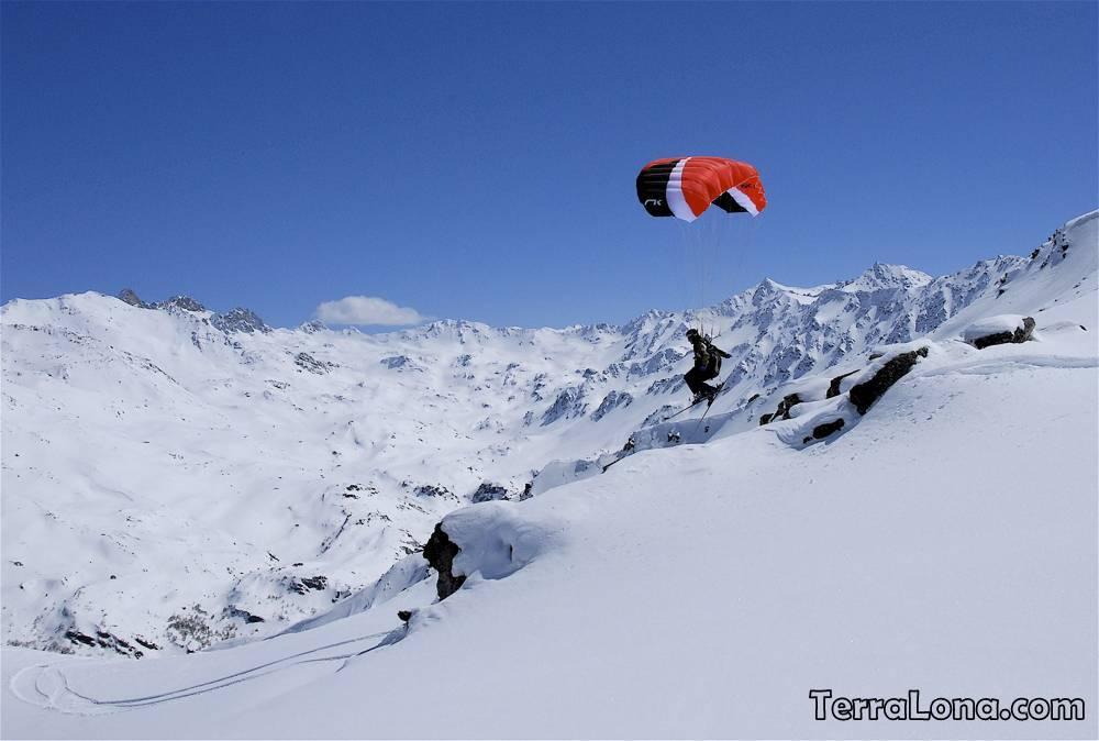 Прыжки с парашютом в Андорре, экстримальнный спорт в Андорре