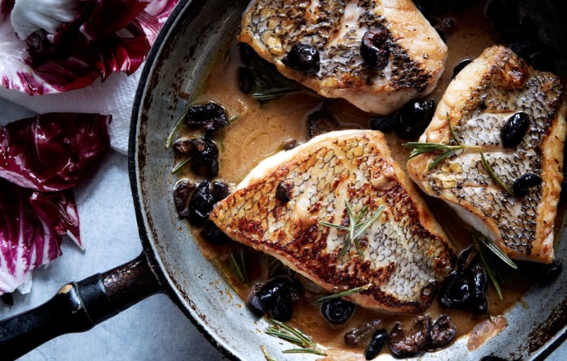 Black Bass на сковороде
