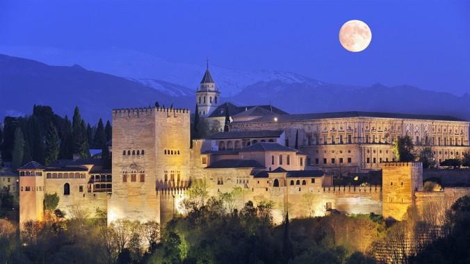 Альгамбра или Красный замок. Гранада. Андалусия