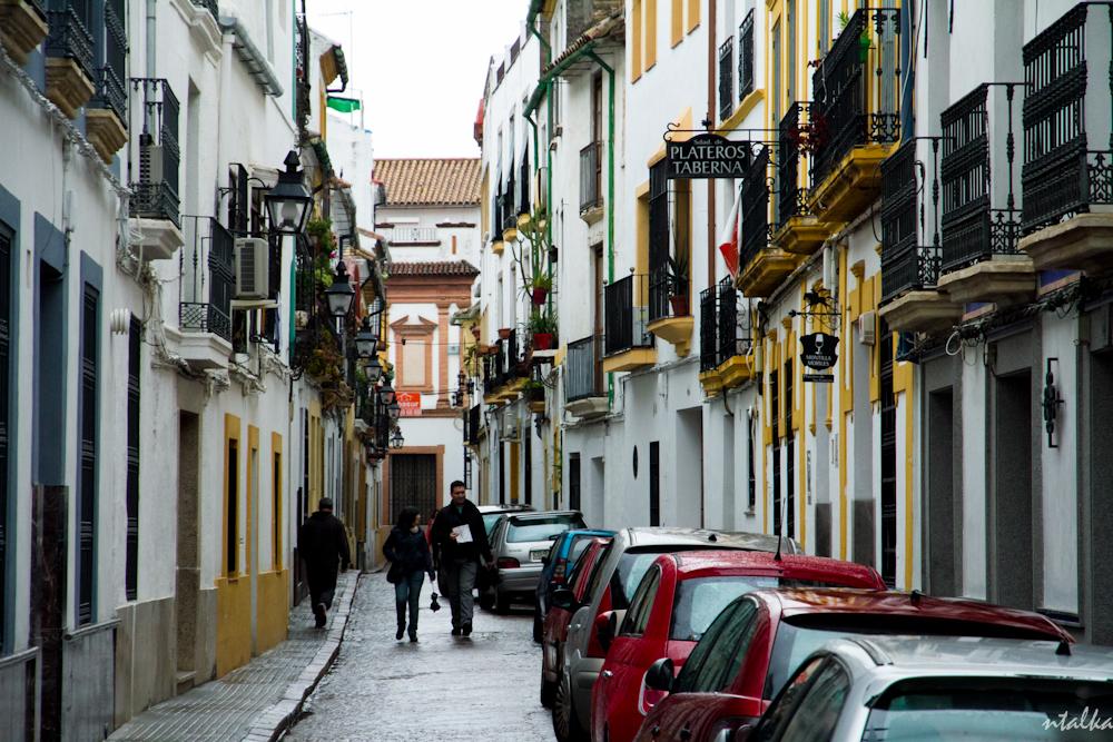 Узкие улицы городов Андалусии