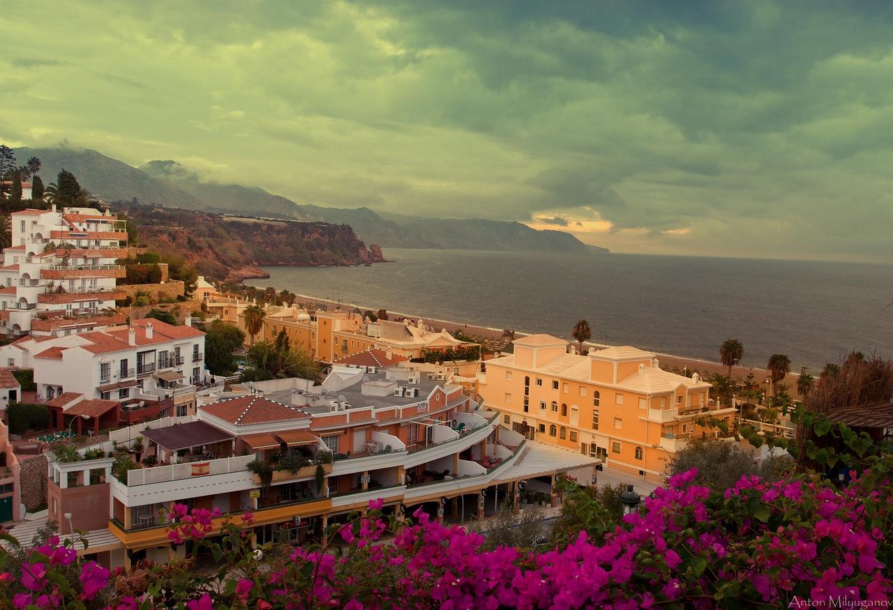 Более 4000 отелей Андалусии предлагают свои номера туристам со всего мира
