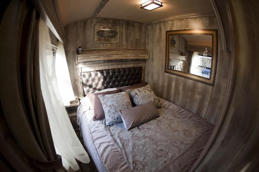 Номер-купе Gran Luxe Suite в отеле на колесах