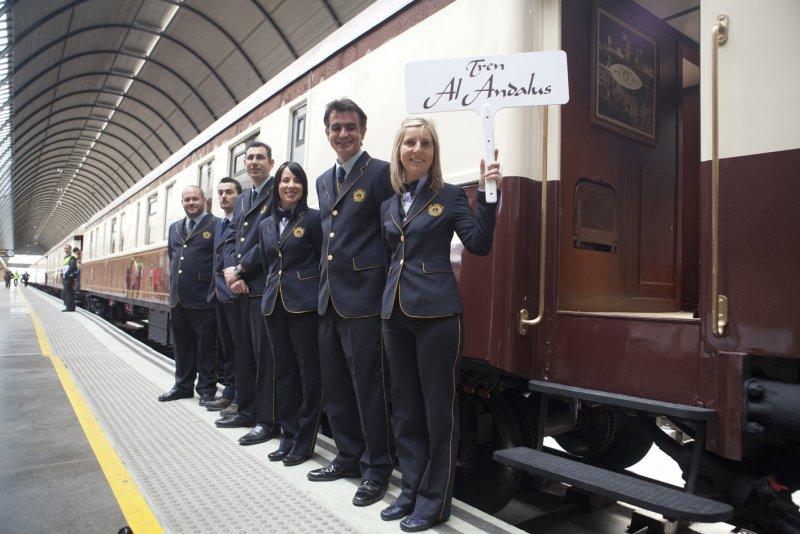 Отель на колесах отправляется в путешествие из столицы Андалусии
